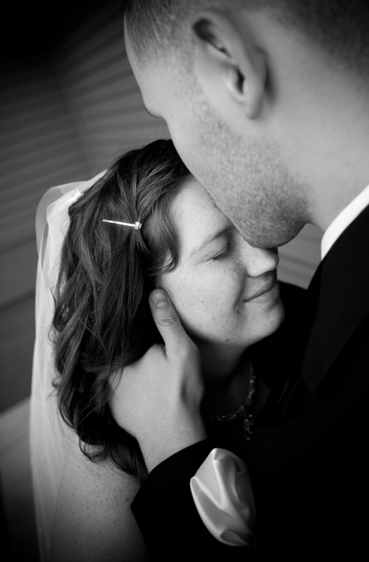 Friday Wedding Photography Minneapolis Wedding Photographerblack And White Wedding Portrait At